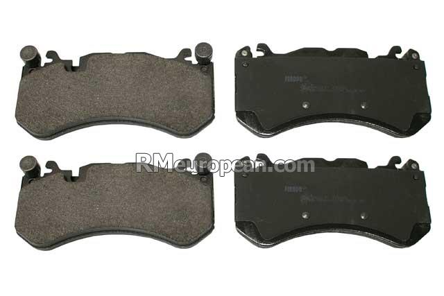 Mercedes-Benz FERODO Brake Pad Set 0084202020