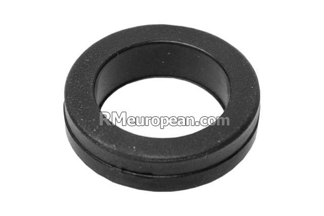 Porsche s coupe l v fuel injector seal large