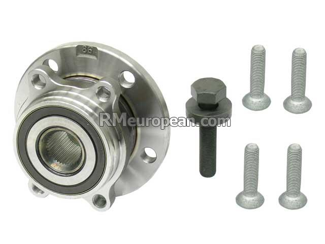 Volkswagen CC Sport Sedan  2.0L L4 Wheel Hub with Bearing