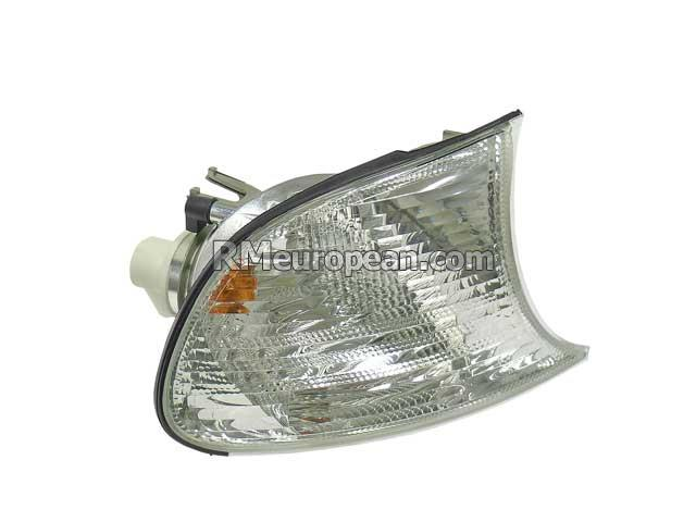 BMW Turn Signal Light with White Lens AUTOMOTIVE LIGHTING 63137165858