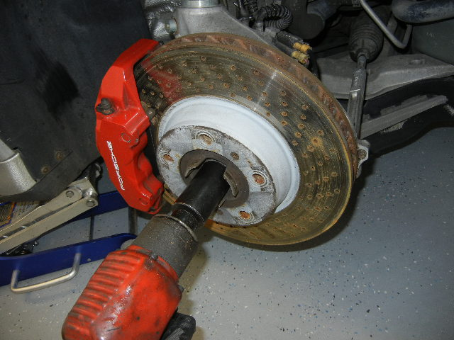 Unbolting the Porsche 996 Turbo axle nut