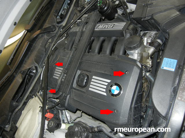BMW E90, E91, E92 Engine mount replacement - Remove the engine cover