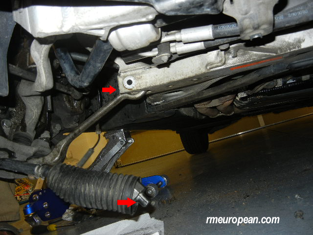 BMW E90 325i Sturt replacement - Control arm and tie rod disconnected