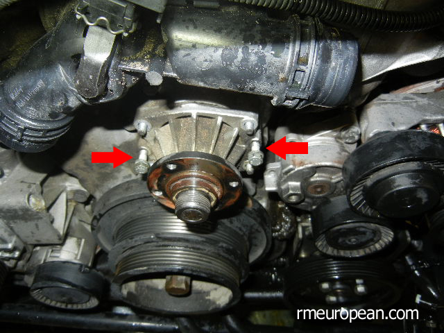 BMW E46 Cooling System Overhaul - Removing Water Pump