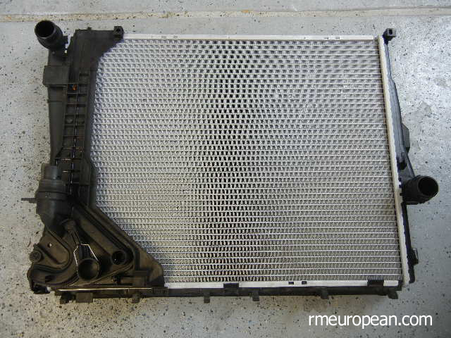 BMW E46 Cooling System Overhaul - New Radiator