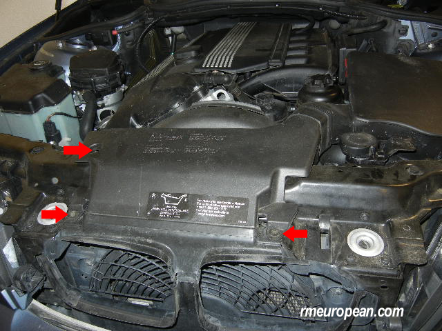 BMW E46 Power Steering Pump Replacement - removing air intake scoop
