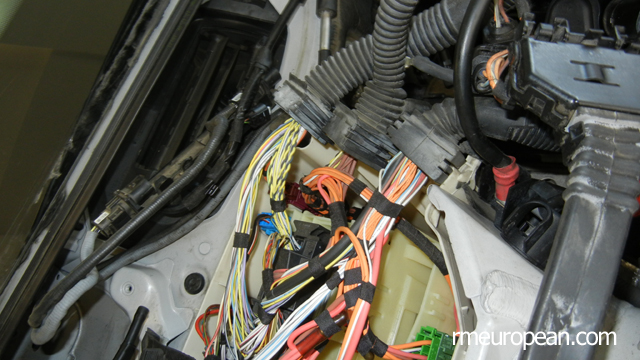BMW E90 328xi Removing ECU Box Cover